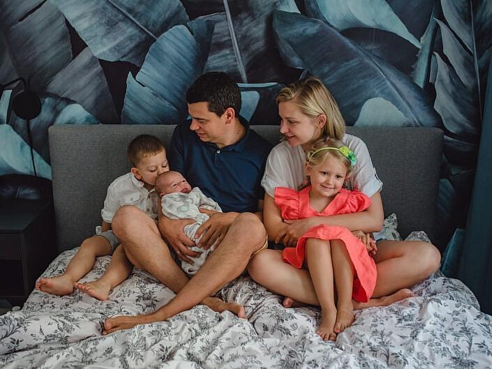 Ania i Szymon z dziećmi