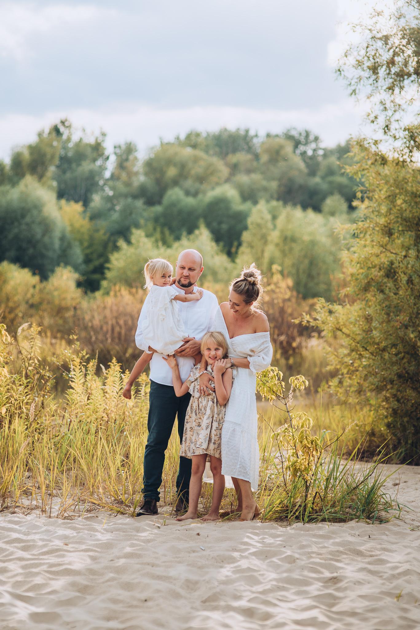 sesja rodzinna na plazy warszawa ciszyca konstancin wyspy swiderskie