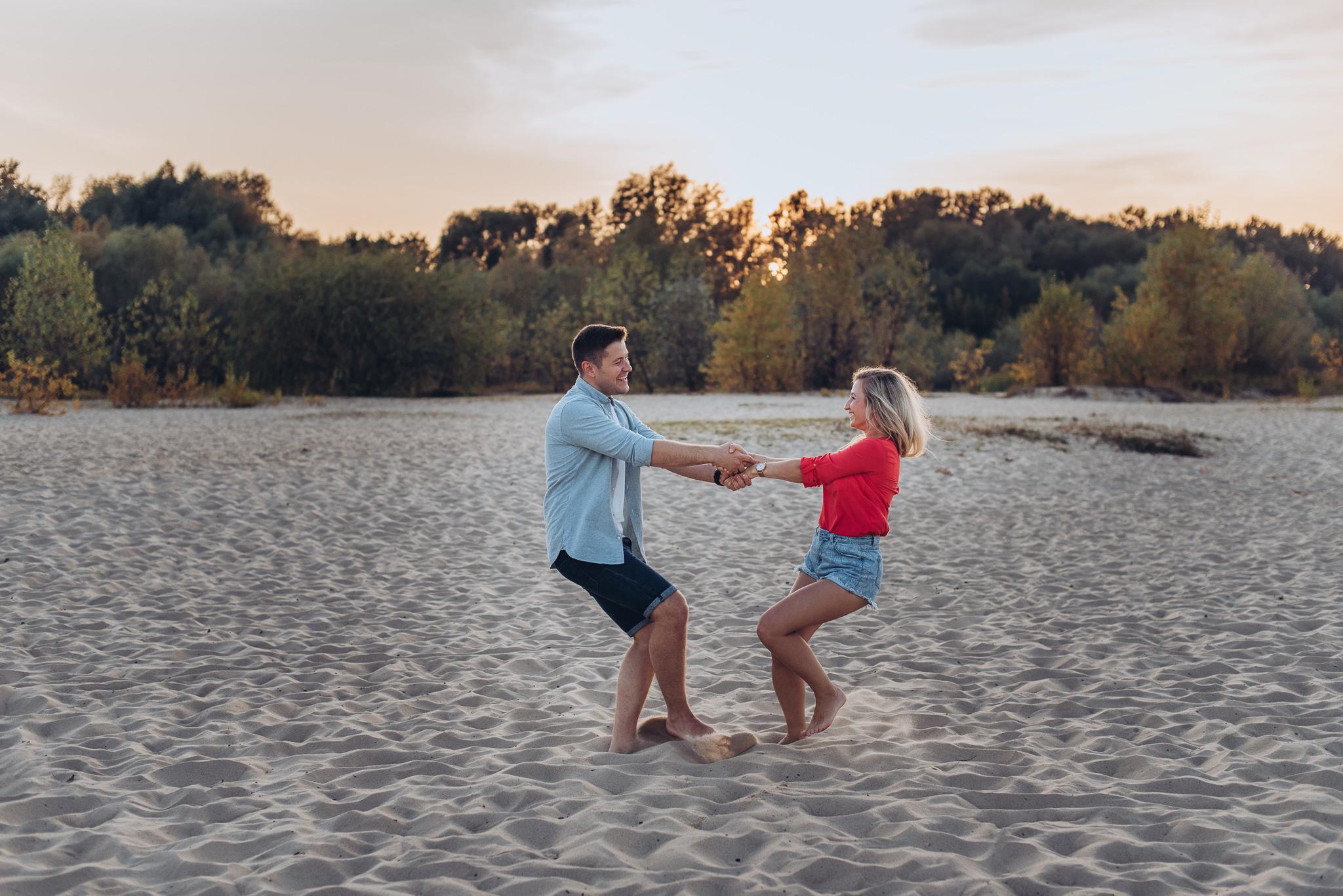 sesja pary zakochanych na plazy warszawa konstancin ciszyca