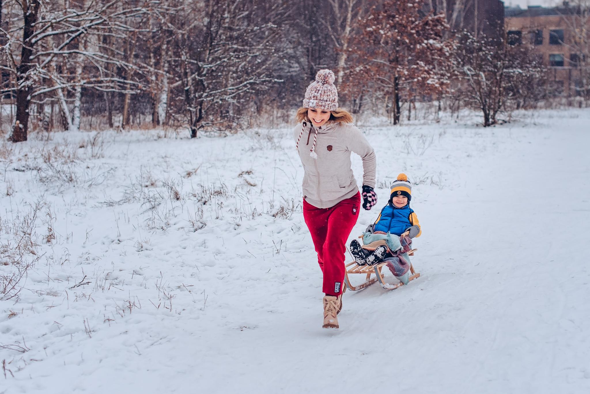zimowe zdjecia warszawa wilanow fotografia rodzinna dziecieca