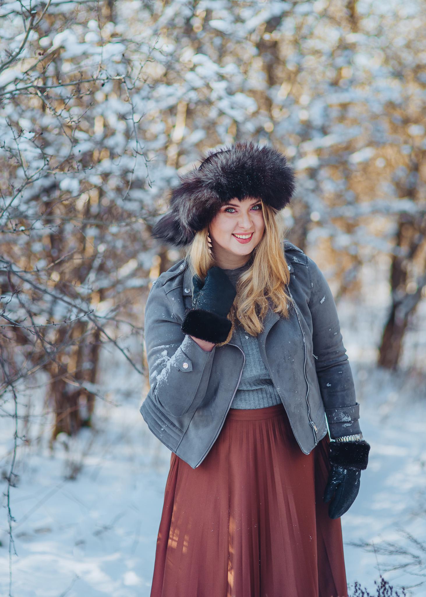 zimowa sesja w śniegu portret kobiecy warszawa konstancin piaseczno