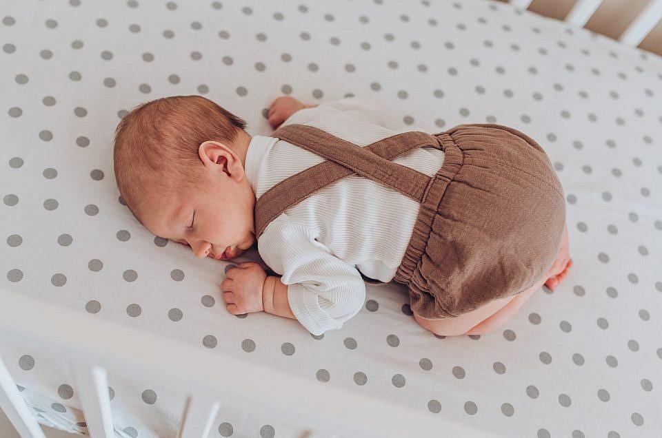 Sesja noworodkowa w domu - Konstancin