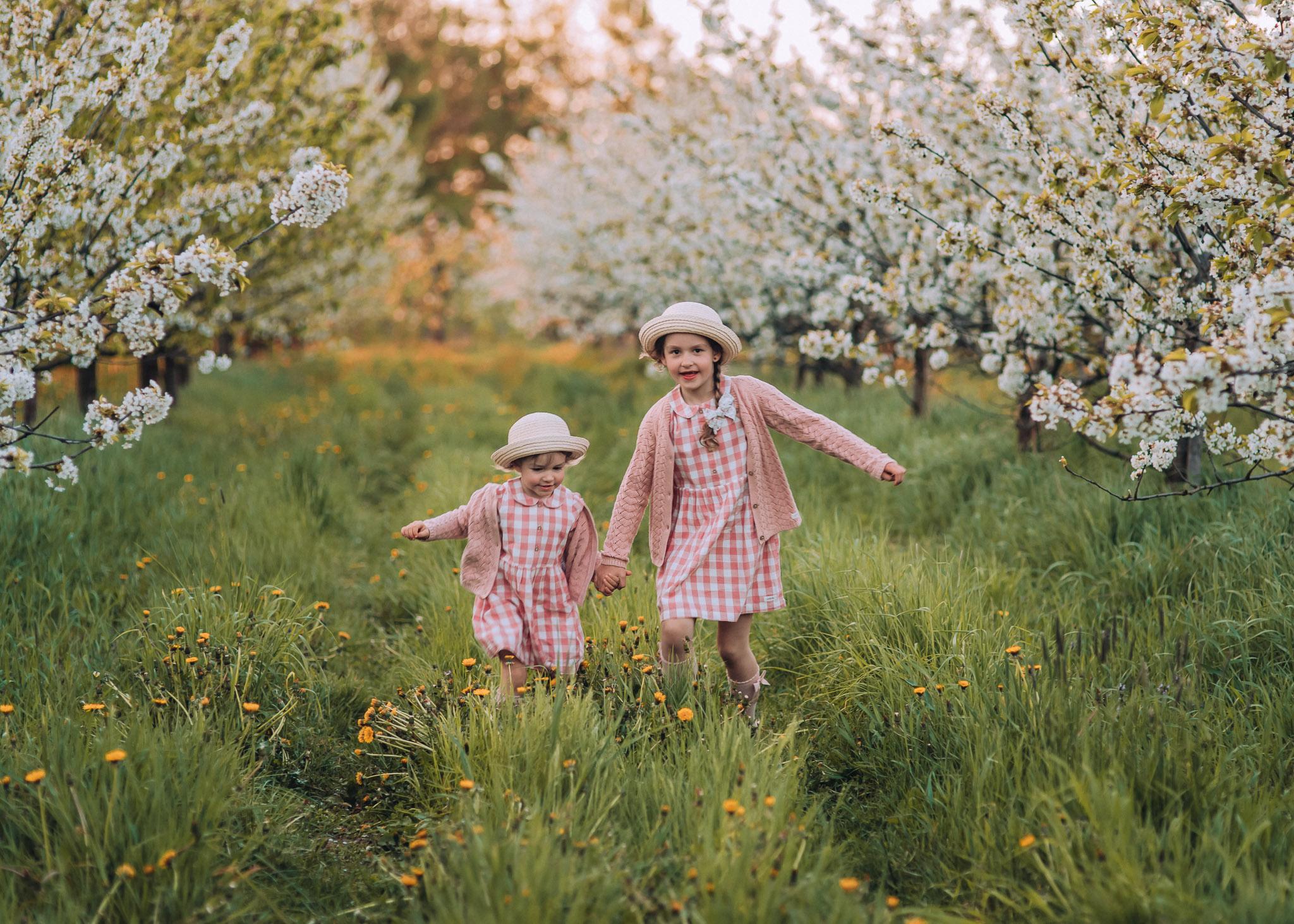 zdjęcia dziecięce w plenerze wiosna warszawa tarczyn konstancin piaseczno
